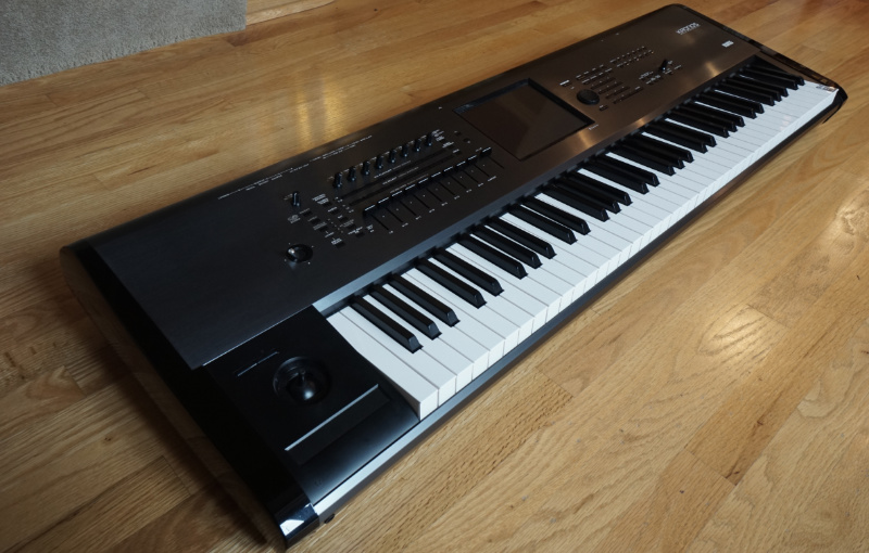 Korg Kronos 73 with EXTRAS - Music Player Network